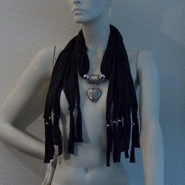 Jewelry scarf heart