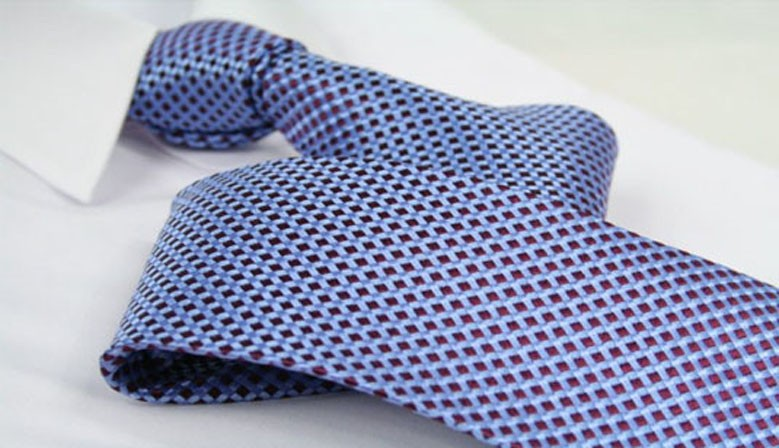 Tie light blue / burgundy