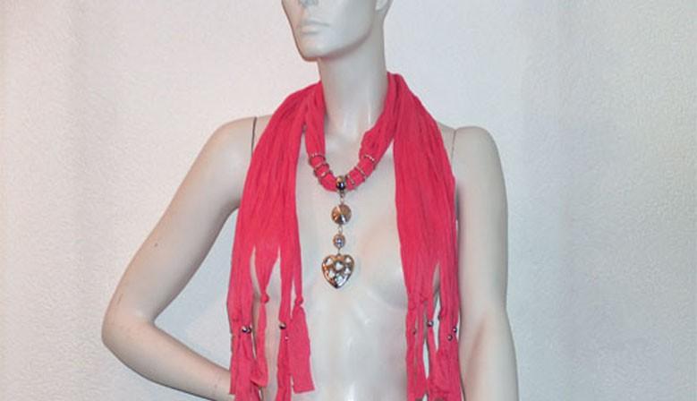 Écharpe de bijoux Pendentif Coeur